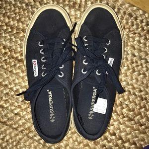 Superga Shoes - Superga COTU classic women's sneakers in navy